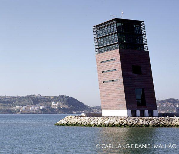 torre_di_controllo_della_torre_di_lisbona_Daniel_Malhao